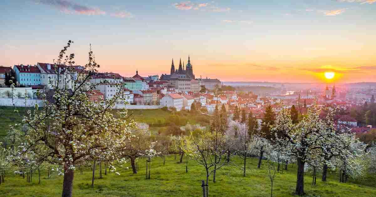 Petrin Hügel auf der Prager Kleinseite