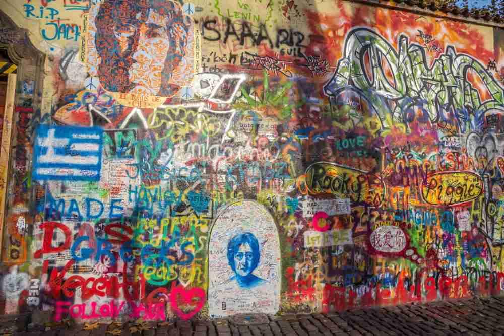 How to get to John Lennon Wall, Prague