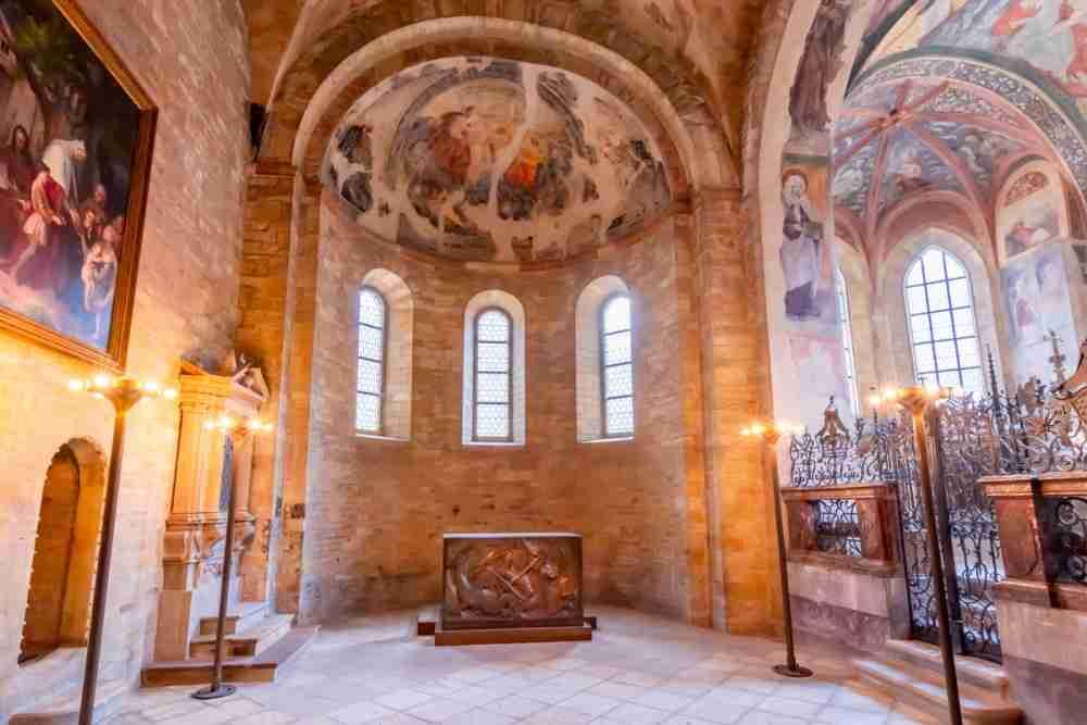 Was kann ich in der St. Georgs Basilika machen